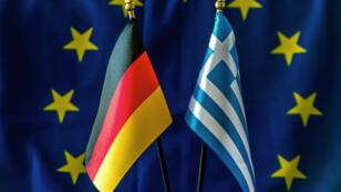 La Grèce a brandi la menace de geler des avoirs allemands en guise de réparation pour les exactions des nazis.