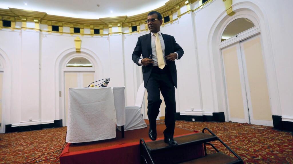 El expresidente de Maldivas Mohamed Nasheed solicitó una intervención militar de India para solventar la crisis en su país.