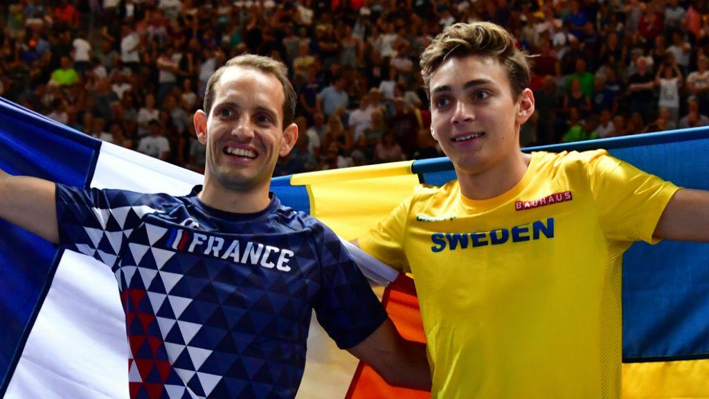 Renaud Lavillenie (à gauche), et Armand Duplantis (à droite).