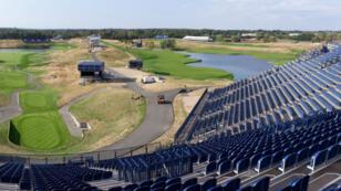 Le golf national de Saint-Quentin-en-Yvelines, qui accueille la Ryder Cup du 28 au 30 septembre, a opéré une mue spectaculaire pour l'occasion. Un chantier dantesque pour la première édition française de la prestigieuse compétition.