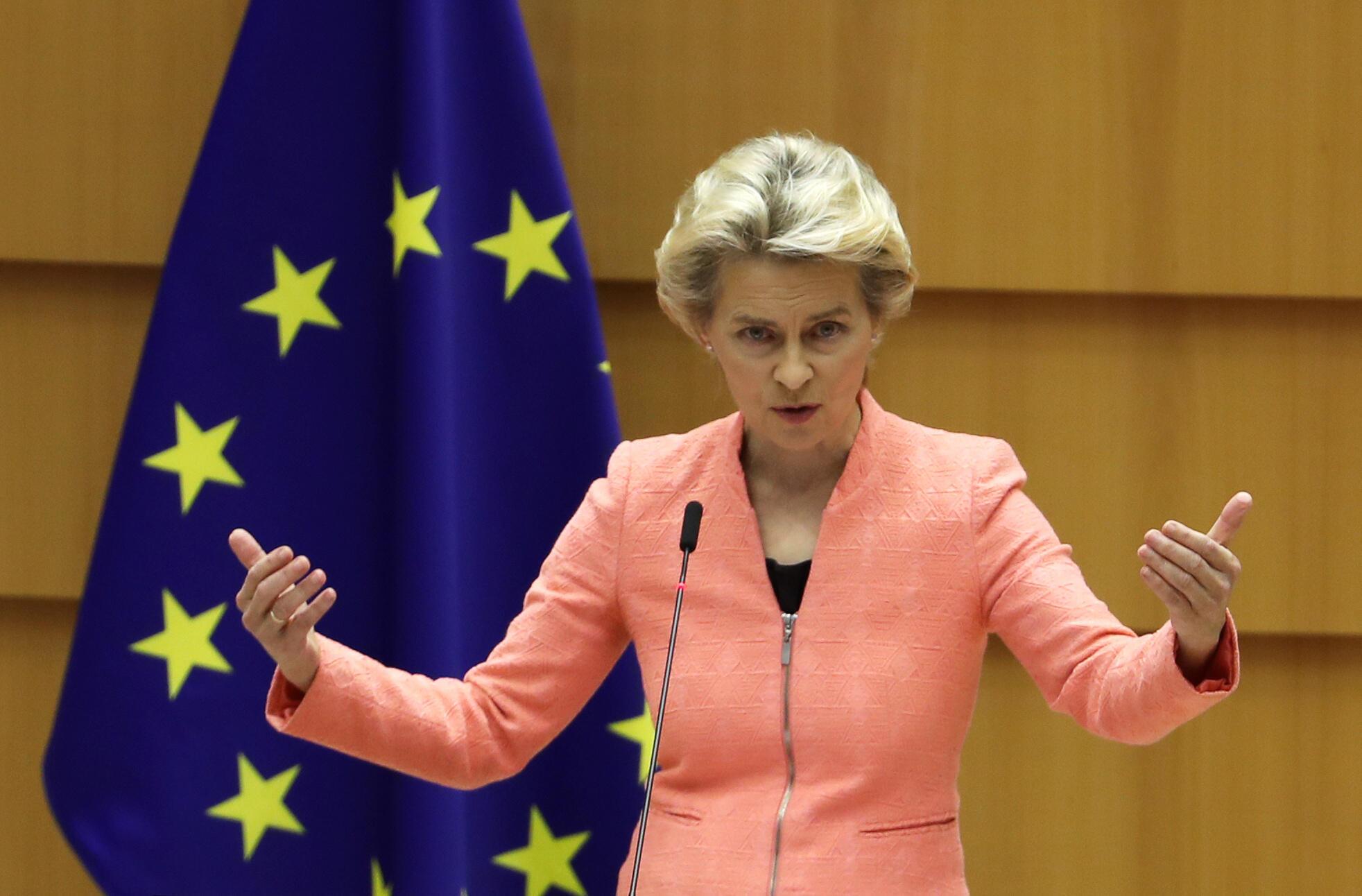 رئيسة المفوضية الأوروبية أورسولا فون دير لايين في بروكسل، في 16 سبتمبر/أيلول 2020.