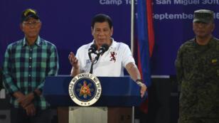 Le président Philippin Rodrigo Duterte mène une lutte sanglante contre le trafic de drogue dans son pays.