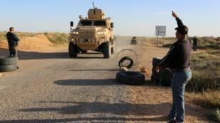 أعضاء من الحرس الوطني التونسي في منطقة بن قردان، ١٩ مارس ٢٠١٨