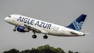 """طائرة تابعة لشركة """"إيغل أزور"""""""