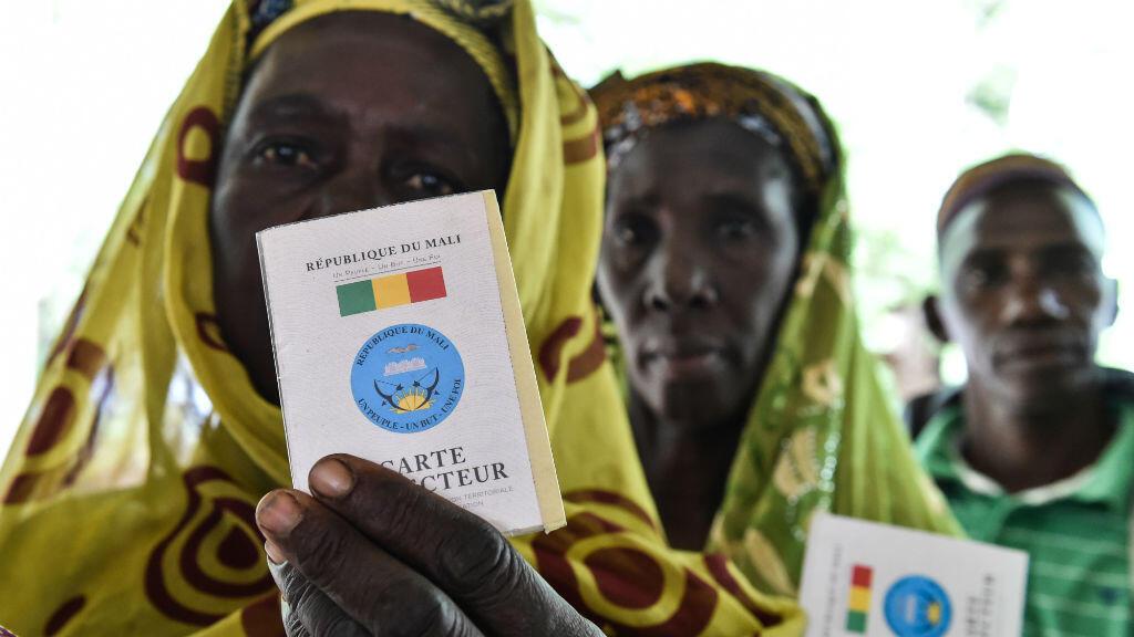 Des femmes dans un bureau de vote de Bamako, le 29 juillet 2018.