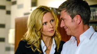 Veronica Ferres et Philippe Caroit interprètent une chancelière allemande et un président français qui s'aiment.