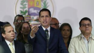 Juan Guaido, lors d'une conférence de presse, le 6 janvier 2020 à Caracas.