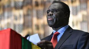 Michel Kafando face à la presse le 23 septembre 2015 au ministère des Affaires étrangères à Ouagadoudou.