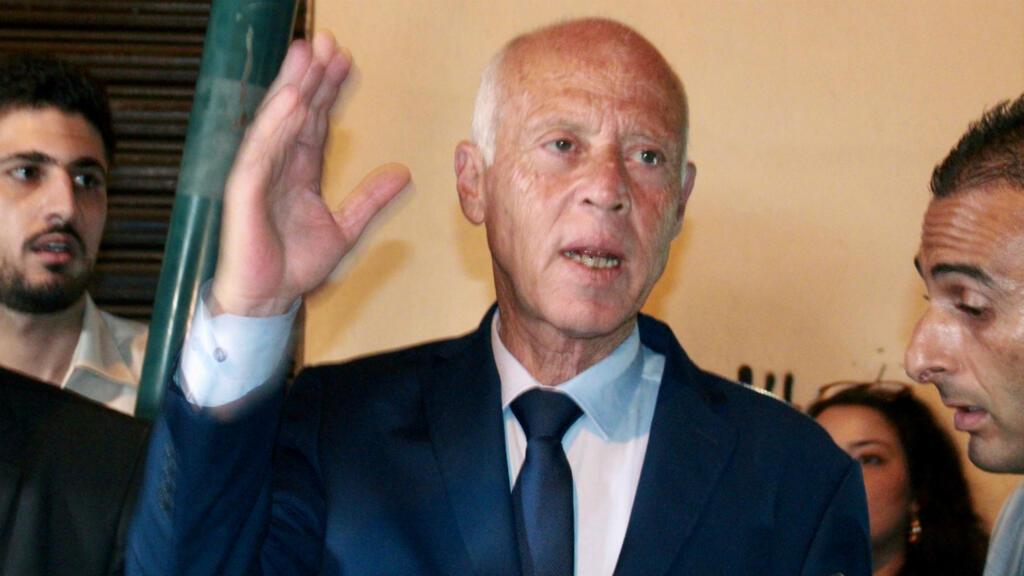 Présidentielle tunisienne : Kais Saïed confirme son avance, la deuxième place indécise