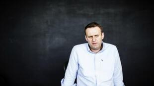 L'avocat et blogueur anti-corruption Alexeï Navalny, dans son bureau de Moscou, le 7 juillet 2017.