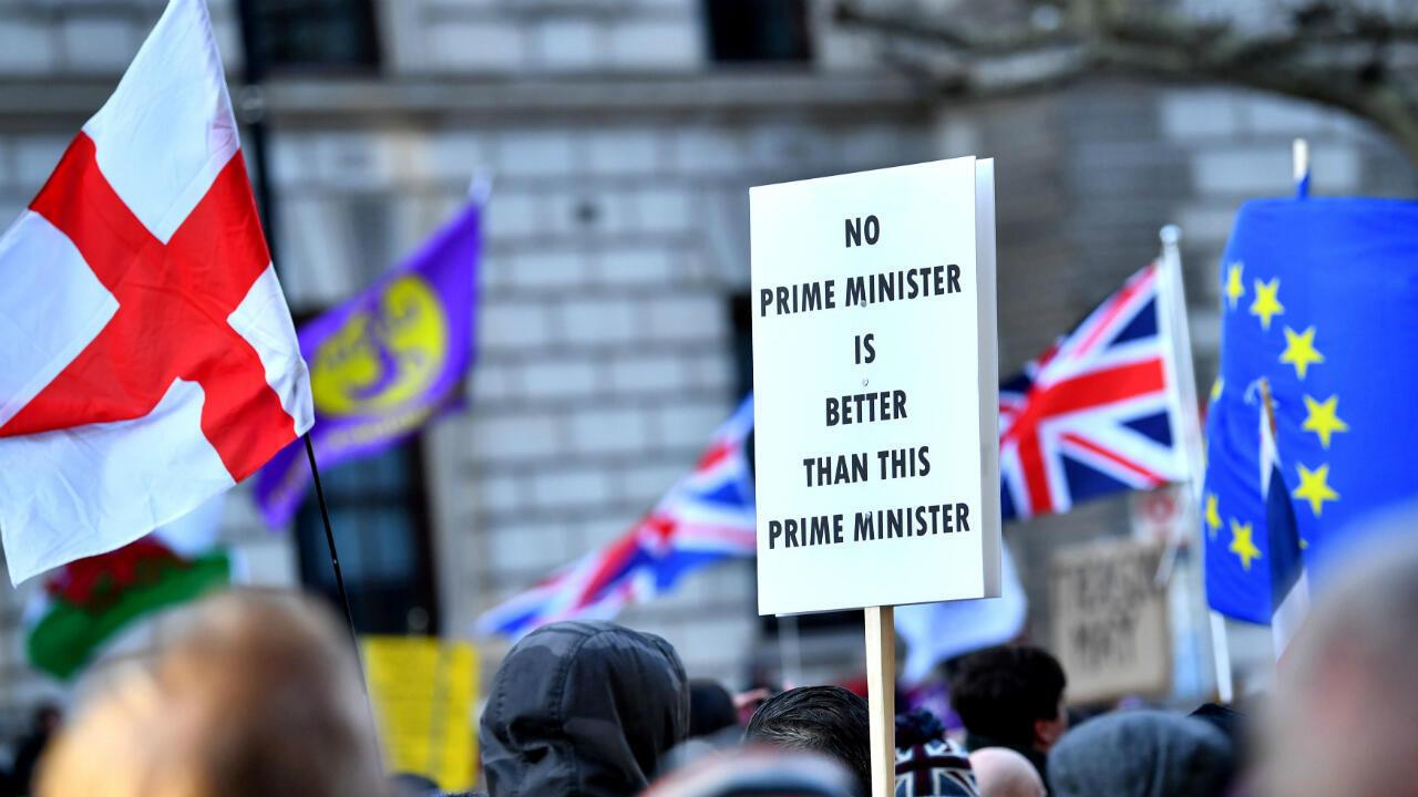 Los partidarios de Pro- Brexit se manifiestan en el centro de Londres en contra dle acuerdo sobre el Brexit negociado por la primera ministra Theresa May, en Londres, Reino Unido, el 9 de diciembre de 2018.