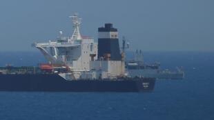"""ناقلة النفط الإيرانية """"غريس 1"""" في جبل طارق - 10 يوليو/ تموز 2019"""