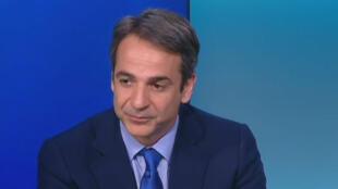 Le nouveau leader de la droite grecque Kyriakos Mitsotakis, invité à France 24, le 17 mai 2016.