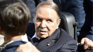 Le président Bouteflika n'apparaît que rarement en public. Cette photo date des élections de novembre 2017.