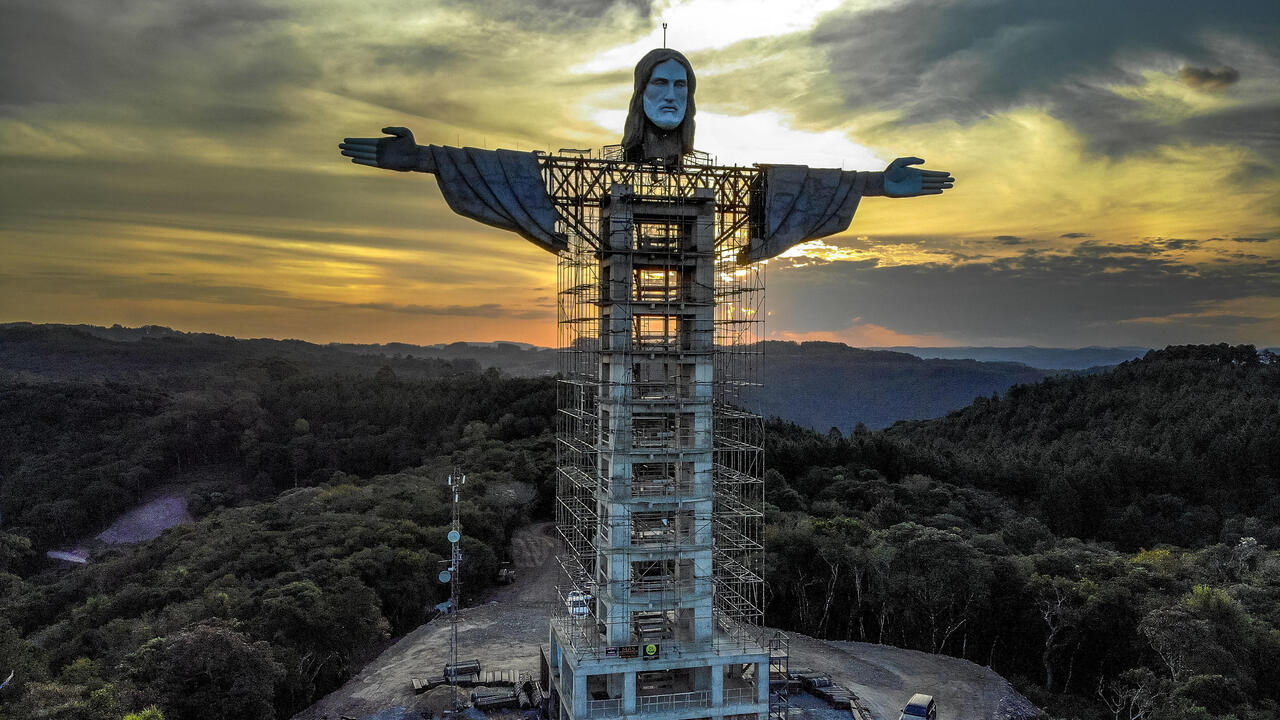 Brazil building new giant Christ statue, taller than Rio's