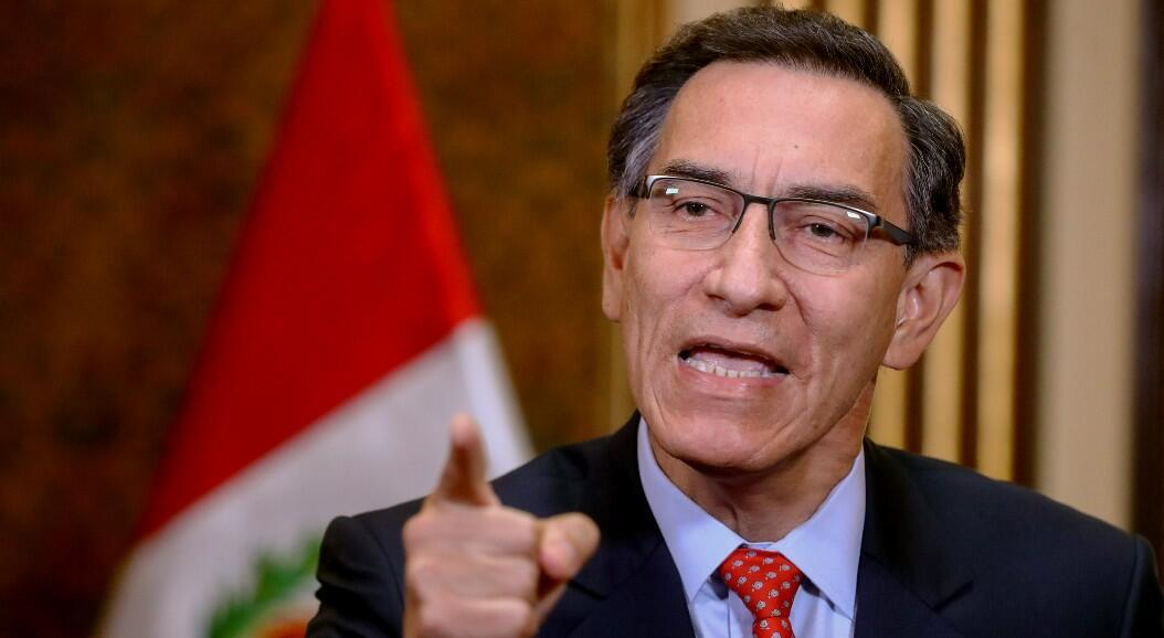 El presidente peruano, Martin Vizcarra, durante una intervención por televisión, en medio de sus diferencias con el Congreso para aprobar la eliminación de la inmunidad parlamentaria. En Lima, Perú, el 5 de julio de 2020.