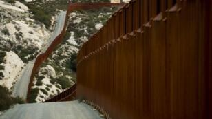 جزء من الحدود الأمريكية المكسيكية
