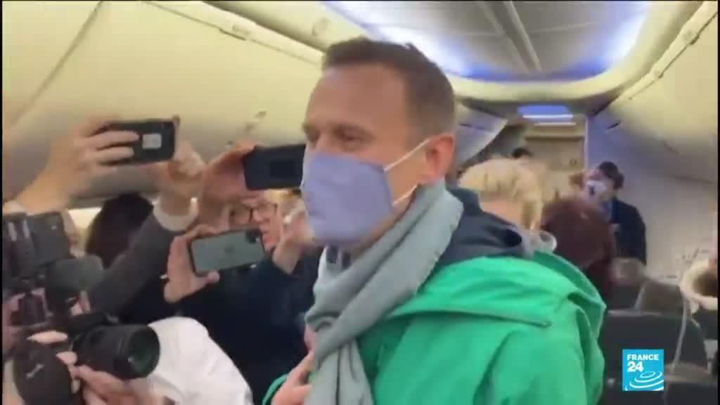 2021-04-19 14:01 Hunger-striking Navalny being transferred to hospital
