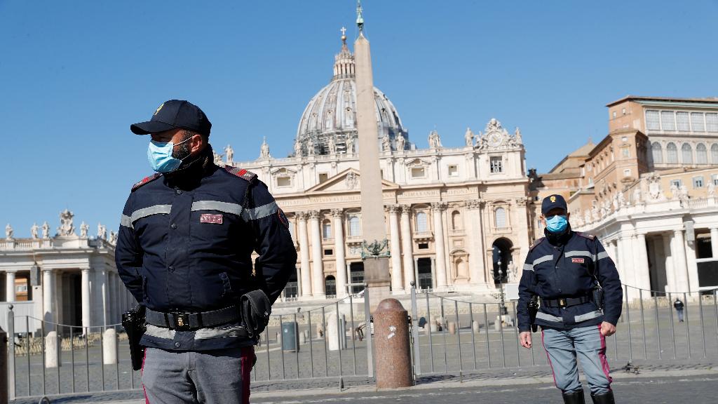 Los italianos tendrán que estar confinados al menos hasta el próximo 13 de abril.