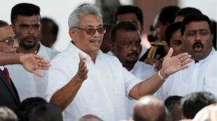 Le nouveau président du Sri Lanka Gotabaya Rajapaksa prête serment à Anuradhapura, le 18 novembre 2019.