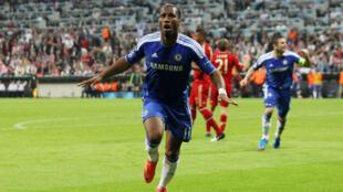Didier Drogba après avoir marqué avec le maillot de Chelsea contre le Bayern Munich, en finale de la Ligue des champions, le 19mai2012 à Munich.