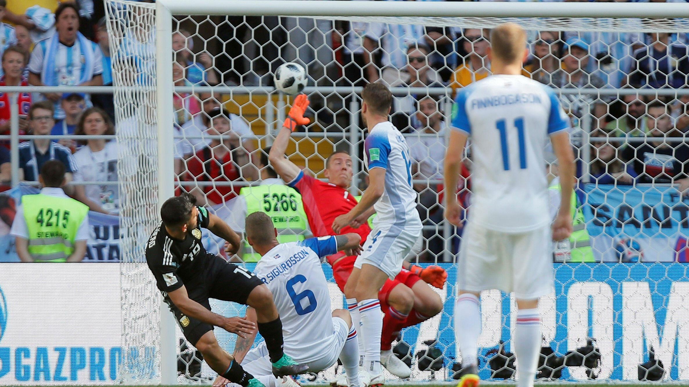 En el minuto 19, Sergio Agüero anotó el primer y único gol de Argentina.