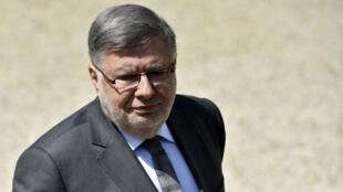 Le secrétaire d'État aux Transports, Alain Vidalies, dans la cour de l'Élysée le 25 mai 2016.