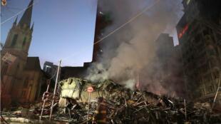 La edificación de 26 pisos que colapsó tras incendiarse en el centro de la ciudad de Sao Paulo el 1 de mayo de 2018.