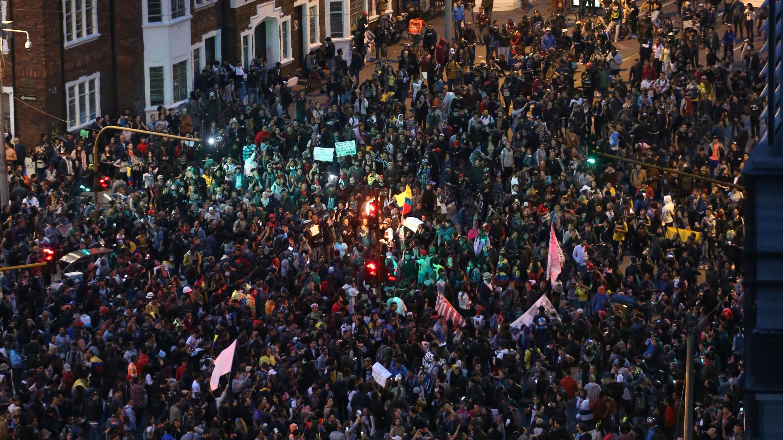 Multitudinaria manifestación en el llamado Parque de los Hippies, de Bogotá. 23 de noviembre de 2019.