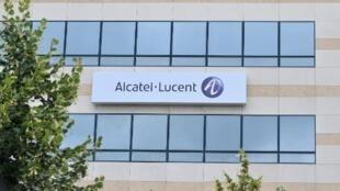 Le Finlandais Nokia serait intéressé par le rachat du Franco-Américain Alcatel-Lucent.