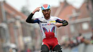 Le cycliste Luca Paolini, ici vainqueur de la course Gand-Wewelgem en Belgique, a été contrôlé positif sur le Tour de France 2015.