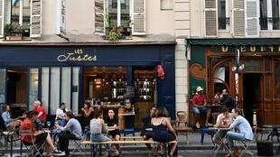 Paris covid terraces