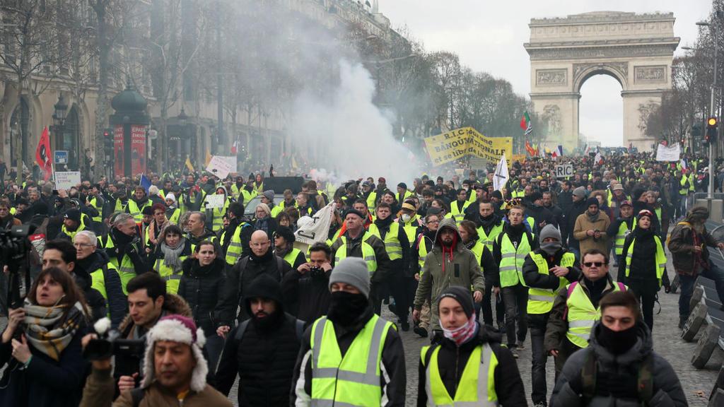 مظاهرة للسترات الصفراء