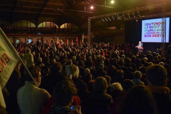 Environ 300 personnes étaient réunies au meeting pro-Syriza
