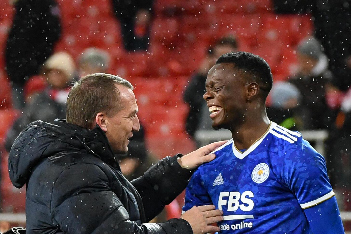 Leicester ligue europa patson daka