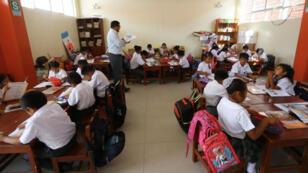 El 82 % de peruanos está de acuerdo con que se incluya el enfoque de género –que se entiende como igualdad de oportunidades entre hombres y mujeres– en el currículo de educación básica.