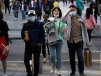 China reports no new coronavirus deaths, decrease in imported cases