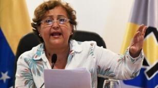 رئيسة المجلس الوطني الانتخابي تيبيساي لوسينا في مؤتمر صحافي في كراكاس