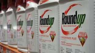 """A jury in 2018 found that Monsanto's herbicide Roundup substantially contributed to Dewayne """"Lee"""" Johnson's contractng of terminal non-Hodgkin's lymphoma"""