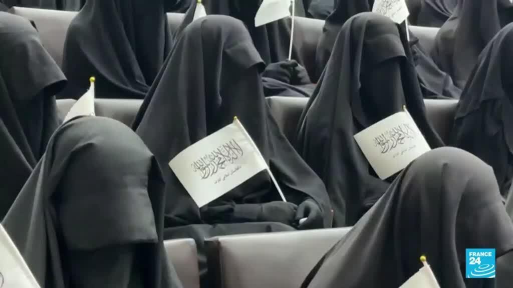 2021-09-12 19:10 Talibanes dan unos preocupantes primeros pasos para los derechos de las mujeres en Afganistán