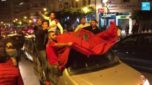 Scènes de liesse à Tanger après la qualification du Maroc pour la Coupe du monde 2018.