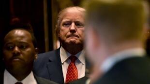 Donald Trump arrive à la Trump Tower de New York le 9 janvier 2017.