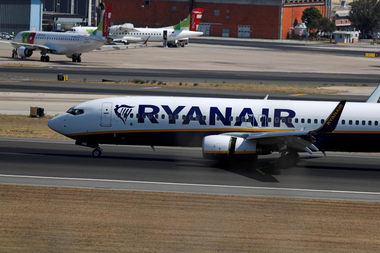 P_3_PORTUGAL-AIRLINES-RYANAIR-TAP