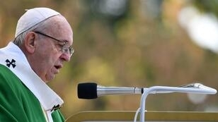 Pope Francis leads Sunday mass in Lithuania's second city Kaunas, where he paid tribute to the thousands of Jews killed in the country during World War II