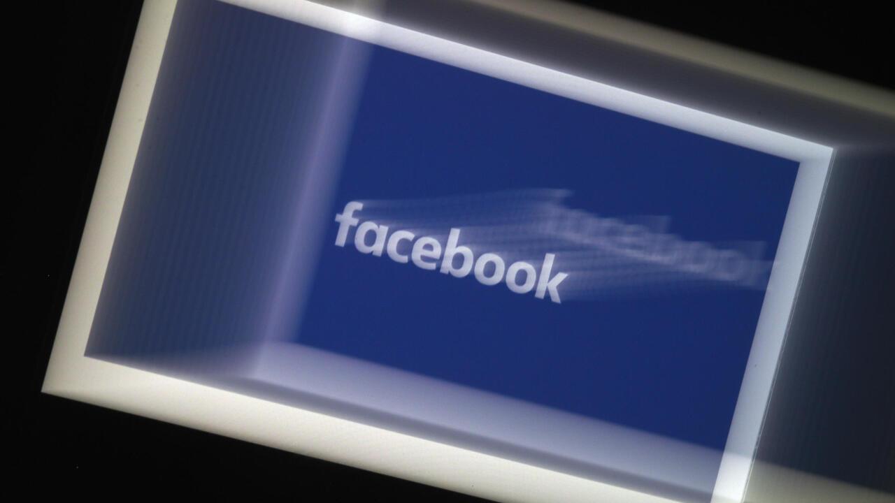 Facebook et Twitter sur tous les fronts contre les interférences étrangères - France 24