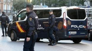 وصول القادة الانفصاليين الكاتالونيين إلى المحكمة العليا في مدريد