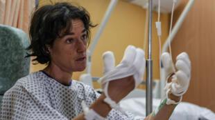 Élisabeth Revol dans sa chambre d'hôpital à Sallanches, en Haute-Savoie.