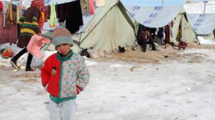 Un jeune réfugié syrien dans un camp au Liban