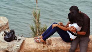 """Dans """"Sexe et Mensonges"""", Leïla Slimani recueille les témoignages de Marocaines, éprises de liberté sexuelle dans une société qui réprime pénalement les rapports hors mariage."""