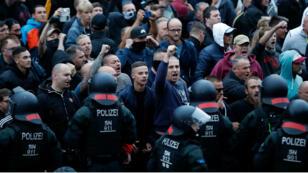 Les hooligans constituaient la plus grande partie de la manifestation de lundi 27 août à Chemnitz.